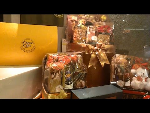 Christmas & New Year Gifts & Hampers @ Cheese Cake Factory J