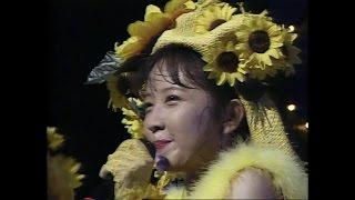 ライブビデオ「Promotion -Yumiko Takahashi First Live」より。 アルバ...