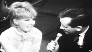 Singer Petula Clark on teenage angst, 1966: CBC Archives