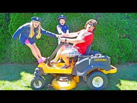 The Lawnmower pretend play kids video skit