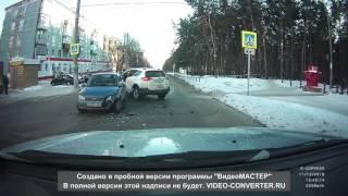 видео Волга сбросила RAV 4 с дороги и сгорела со стыда) ДТП! Авария!