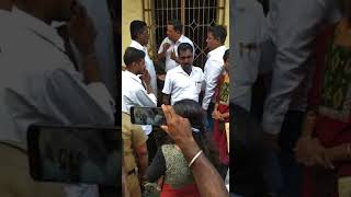 Pondicherry Advocate stopping court Ameena from exicuting the court order. Today 17.12.2018 around 1