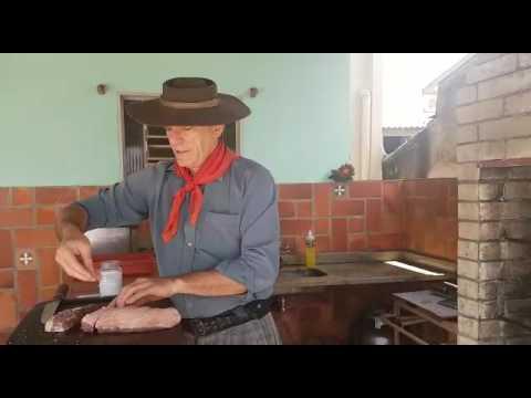 Vídeo Churrasco 2  Como salgar a carne