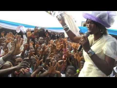 Cecilia Marfo--- POWERFUL WORSHIP 2013 pt2