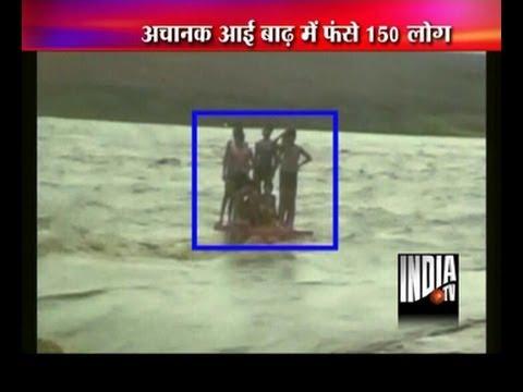 2 brave men rescued 23 people throug heavy flood in Narmada river