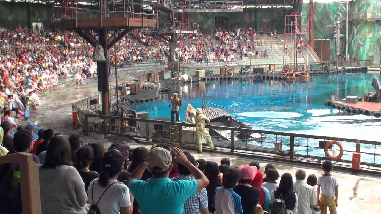 Waterworld - Universal Studios Singapore | FunnyDog.TV