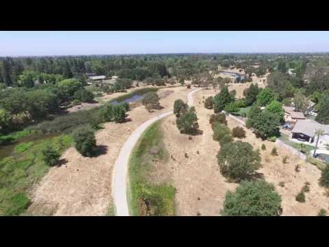 Laguna Creek Trail in Elk Grove