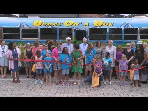 "Murfreesboro City Schools ""Books On a Bus"" (Newsbreak)"