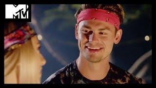 Garrett Sets His Sights On A New Girl | Siesta Key | MTV