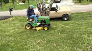 John Deere 112 L - Lawnmower
