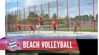 Beach volleyball with Müller, Lewandowski and co.