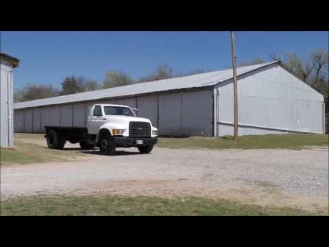 1998 Ford F800 truck cab and chassis for sale | no-reserve Internet auction April 26, 2017