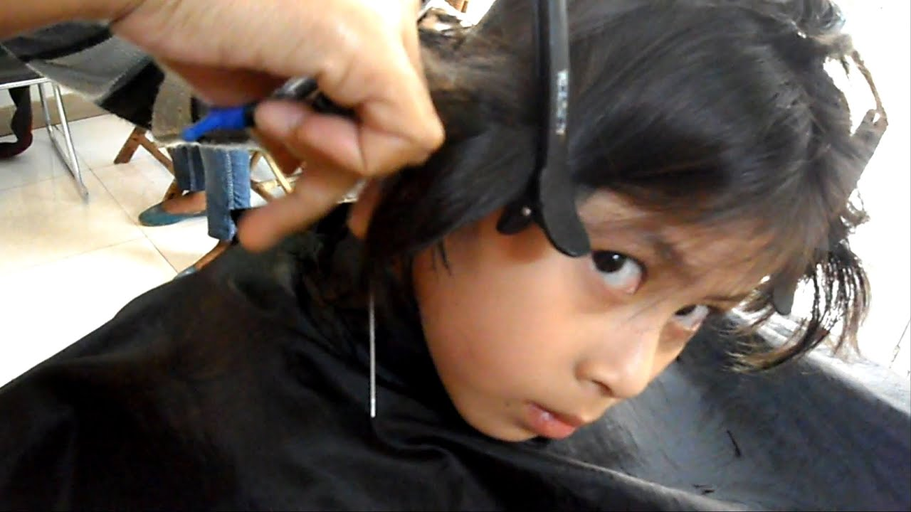 Enjoying Her Haircut Tomboy Haircut Youtube