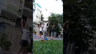 Minh Huệ vui vẻ thể dục 3