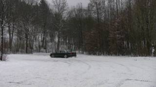 Audi A8 4.2 snow drifting