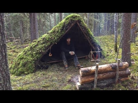 Winter Bushcraft Shelter Build - Overnight Camping, Raised Bed, Natural Shelter, Fire Reflector