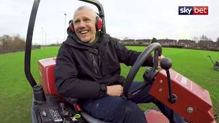 Jimmy Bullard's Changing Places...with Preston's groundsman!