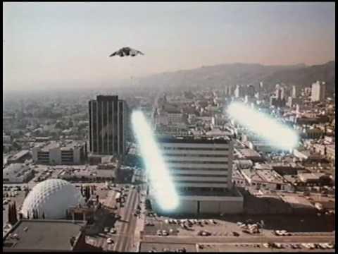 Los Angeles under Cylon attack