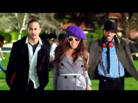 Old Navy Commercial With (Kim Kardashian look-a-like) Melissa Molinaro