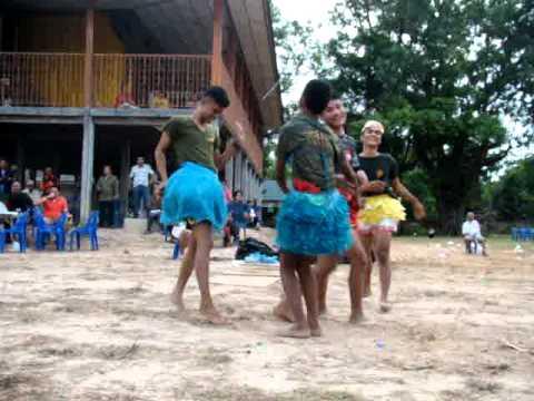 การแข่งขันเต้นหน้าฮ้านหมอลำประถมบันเทิงศิลป์ByRJanPooh
