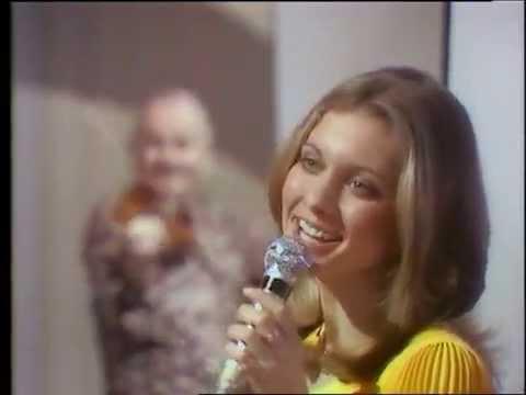 Olivia NewtonJohn • Stéphane Grappelli 1973.03.27