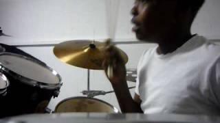 Willie-Marvin Sapp-Praise Him in Advance(drum cover)