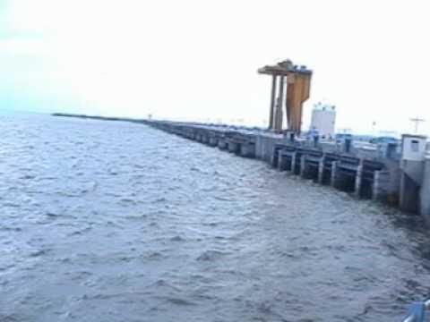 NZB ARMR SRSP GATES WATER RELEASE VIS SRIRAMSAGAR PROJECT WATER RELEASE VIS