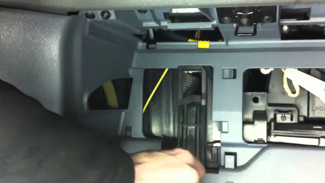 mitsubishi space star how to cabi air filter replacement klimafilter change [ 1280 x 720 Pixel ]