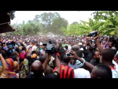 Sharo Milionea-Baada ya Mwili wake kuwasiri Nyumbani kwao Tanga-Muheza thumbnail