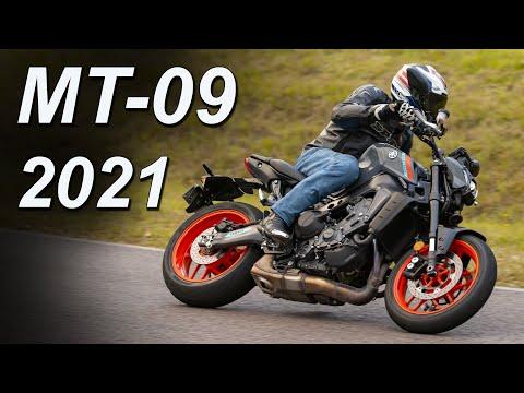 2021 Yamaha MT-09 Review | Street Triple Killer?