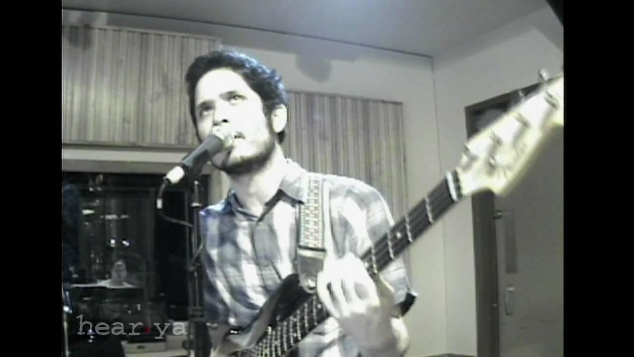 hacienda-little-girl-hearya-live-session-hear-ya