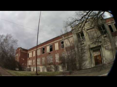 Crazy Abandoned Highschool St. Louis Wellston, Part 2. Urbex Abandoned since 1962