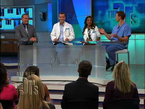 Boy or Girl?? Ultrasound performed Live on 'The Doctors'