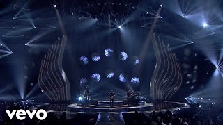 Shawn Mendes - There's Nothing Holdin' Me Back / In My Blood (Live / GNTM 2018 Finale)