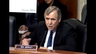 2017-10-12-03-00.Senator-SHREDS-Trump-s-Bought-And-Paid-For-EPA-Nominee