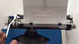 Olympia Traveller de Luxe - Blue Portable Typewriter - VidalandYou
