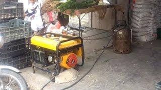 أنا الشاهد: كيف يتعامل اليمنيون مع أزمة انقطاع الكهرباء في ظل الأوضاع الحالية؟