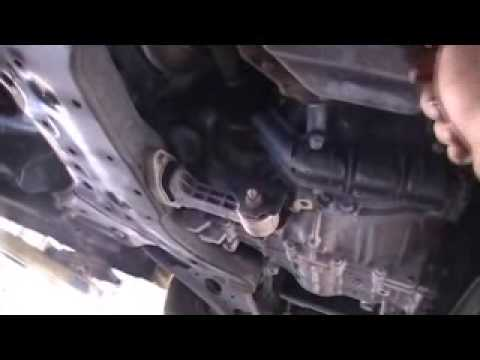 How To Change The Oil On A 2012 Hyundai Accent 1 6 Youtube