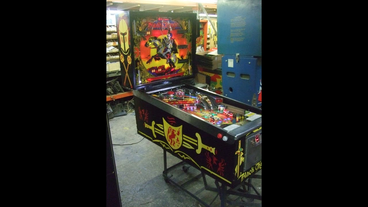 #345 Williams BLACK KNIGHT Pinball Machine with added ...