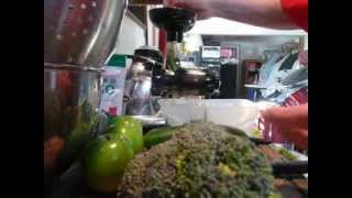 How To Juice Broccoli Recipe Thumbnail