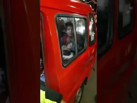 Detik detik polisi melumpuhkan penyandera di mobil angkot jakarta Mp3