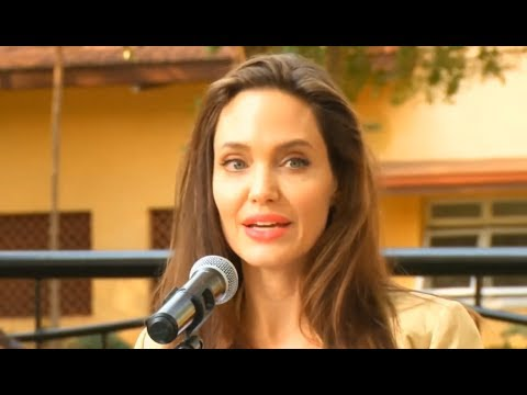 Angelina Jolie visits Kenya on World Refugees Day