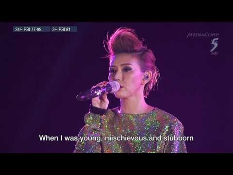 孫燕姿 Stefanie Sun - 天黑黑+我要的幸福+綠光+克卜勒 (新加坡建國50週年演唱會 SG50 Concert)
