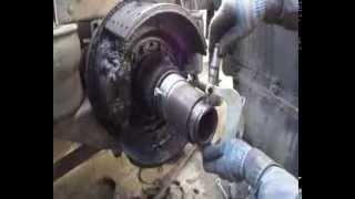 Как нарезать резьбу на чулке,Перерезка резьбы на чулке редуктора Volvo(, 2013-11-25T15:29:54.000Z)
