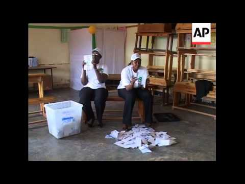 Kagame votes, polls close, counting begins, observers