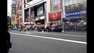 オープニングセレモニーで古謝美佐子さんの「童神」を今年のメインゲス...