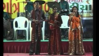 Gujarati Garba Song Navratri  Live  2010 - Lions Club Kalol - Sarla Dave - Day 2 - Part 2