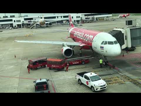 Don Mueang airport catching air asia to Roi et 2017