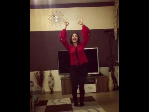 Pakistani dancer on tu cheez badi hai mast mast