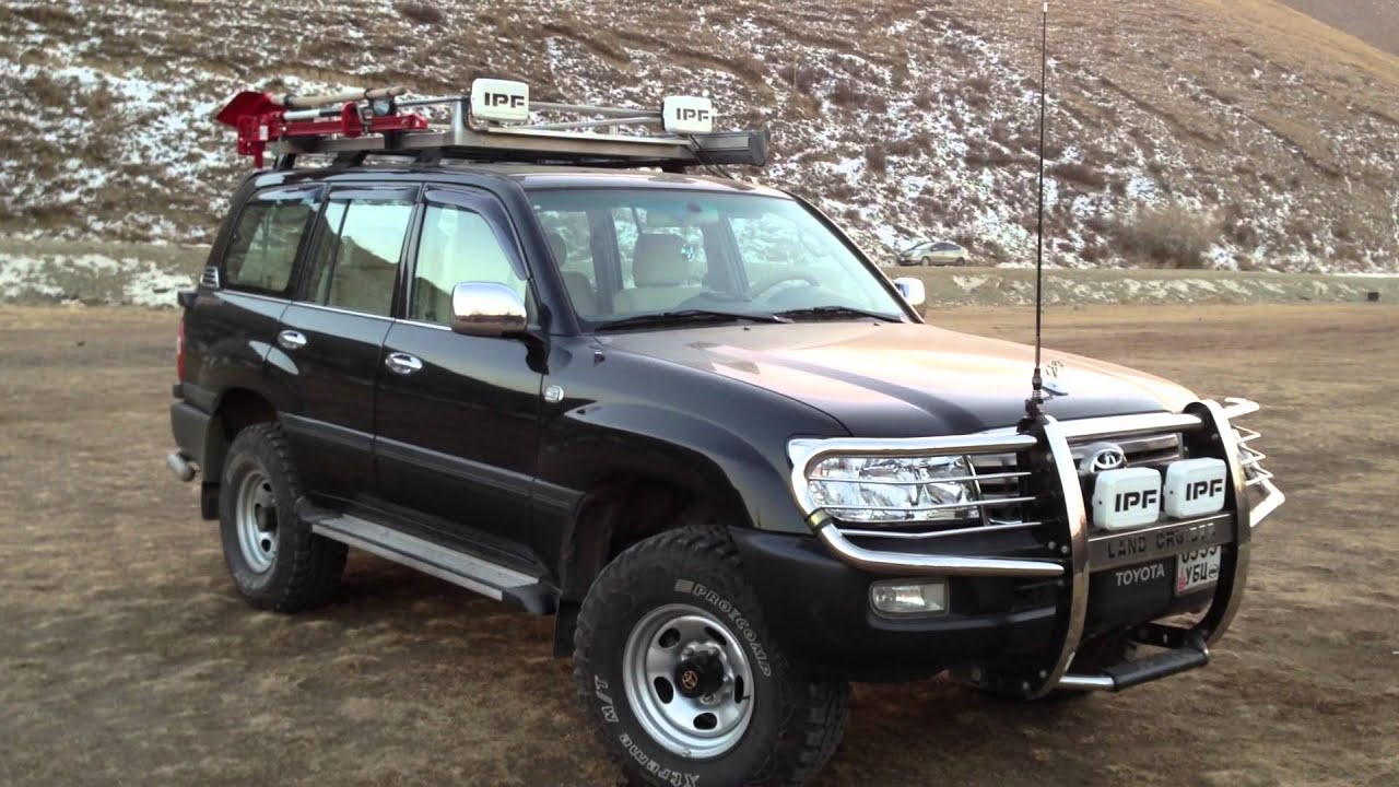 Toyota Land Cruiser 105 - overview, features, specifications and reviews 75